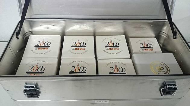 Ammo-box of Jars - 6 Cuaba & 1 Cohiba Millenium Edition, 1 Juan Lopez Distinguidos ER Alemana