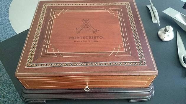 Montecristo - Réplica de Humidor Antiguo 2009