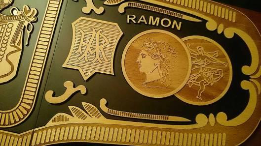 Humidor Ramón Allones - Perfectos - Edición Regional Suiza 2014