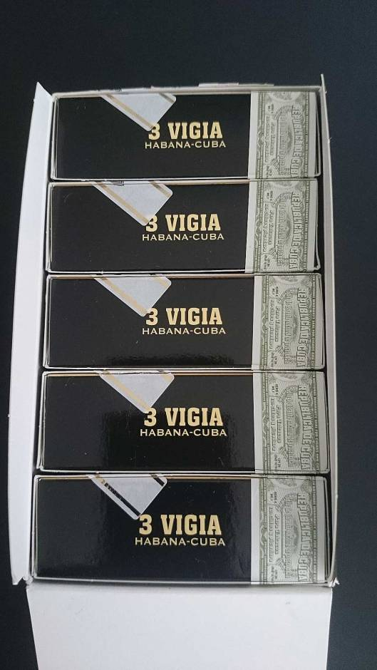 Trinidad Vigia in Tubos Set of 3